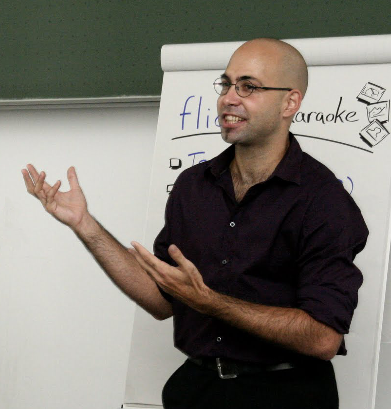 Photo of Daniel moderating a workshop